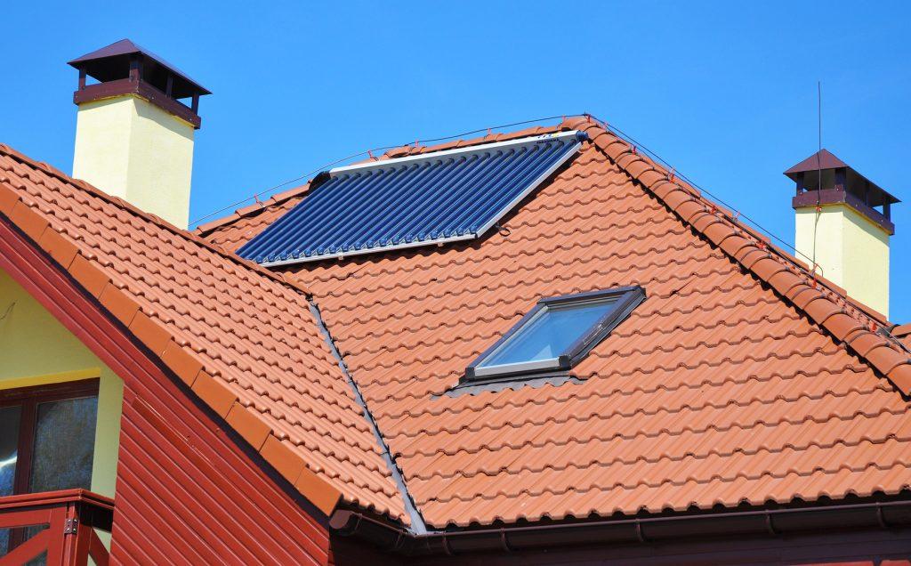 Panneaux solaires néfastes pour la santé, émission d'ondes (champs électromagnétiques courant)